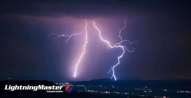 What are Super Lightning Bolts?