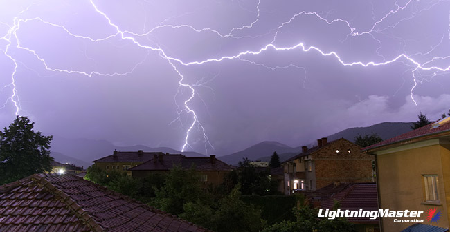3 Amazing Cases of Lightning Strike Survivors