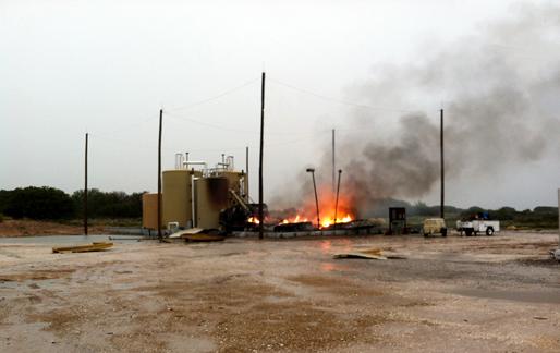 lightning-strike-fuel-tank-explosion